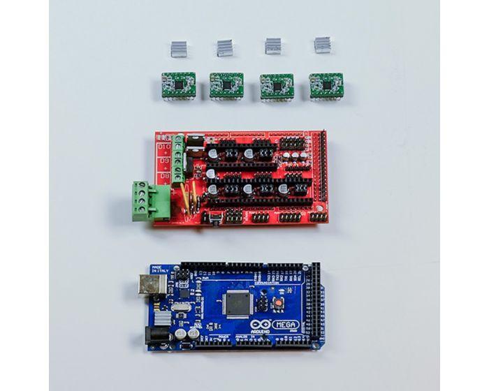 Arduino MEGA 2560, RAMPS 1.4, stepper drivers, heat sinks